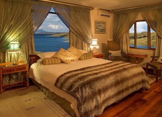 Luxurious Accommodation at Wild Horses Luxury Drakensberg Accommodation