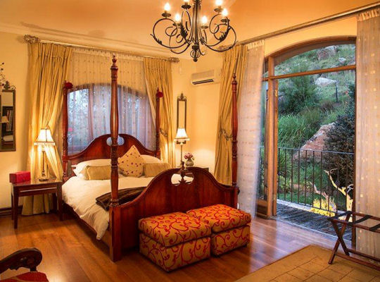 Sunset Suite at Wild Horses Luxury Drakensberg Accommodation